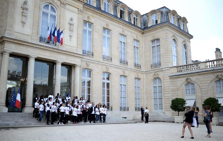 La France S'engage STEPHANE DE SAKUTIN:AFP:Getty Images STEPHANE DE SAKUTIN:AFP:Getty Images